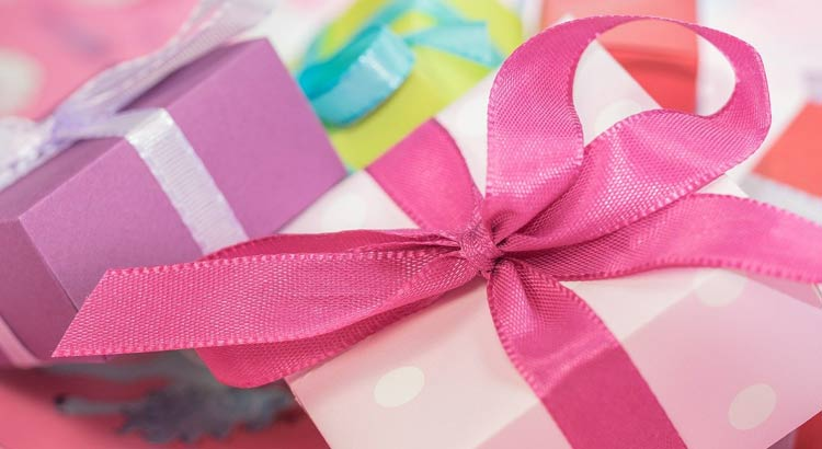Special Ways to Present Your Gift